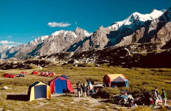 Hisper Glacier - Rozefs Tourism