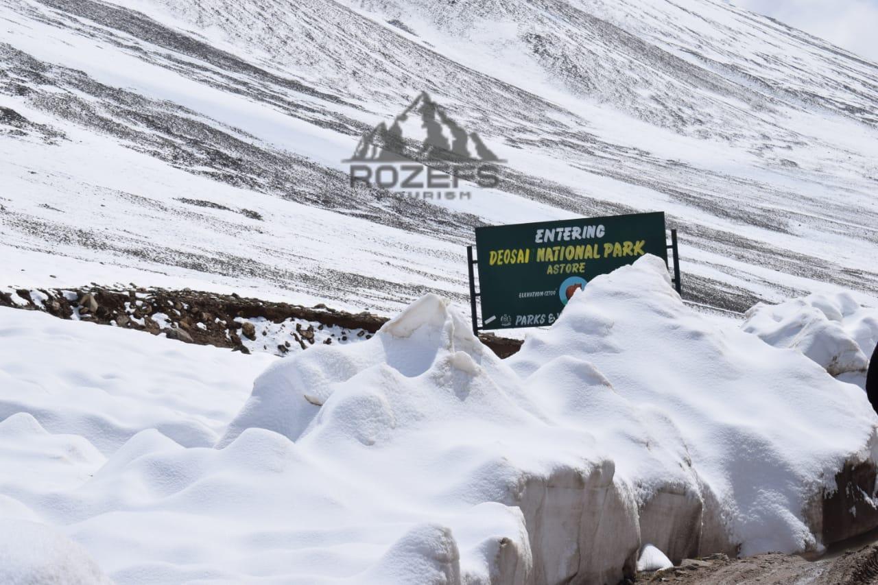 Deosai National Park Enterence - Rozefstourism.com