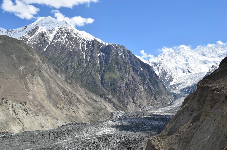 Hoper Glacier in Summer - Rozefstourism.com